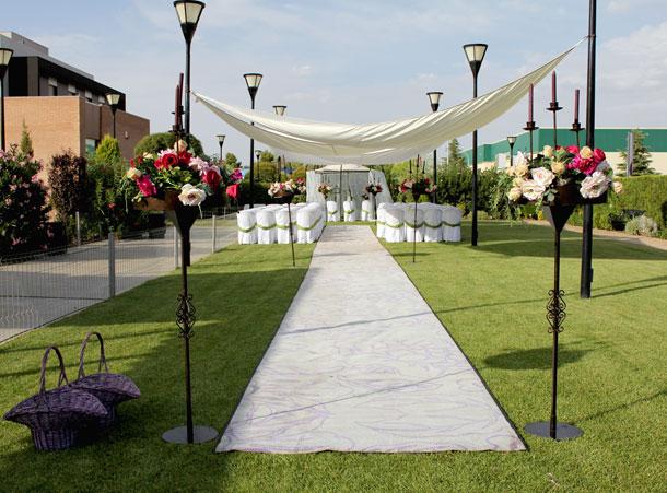Bodas y ceremonia civil preparadas hasta el ltimo detalles for Comedor al aire libre