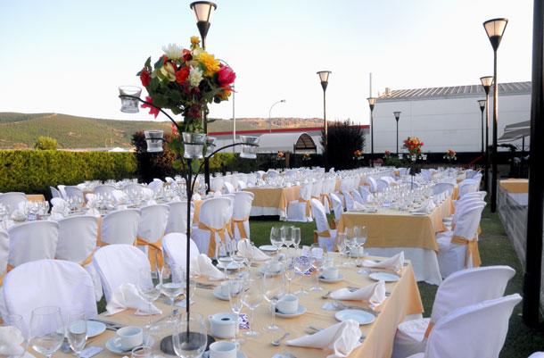 bodas y ceremonia civil preparadas hasta el último detalles
